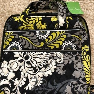 NWT Vera Bradley Tech Organizer in Baroque